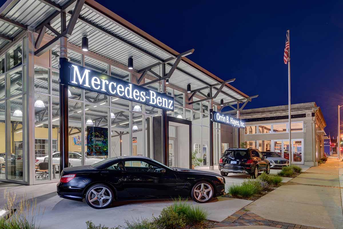 Commercial Orrin Mercedes Banner